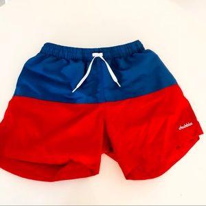 Chubbies   Men's Blue & Red Block Swim Trunks M